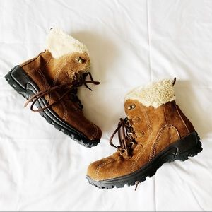 Earth Spirit Brown Fur Boots, Size 8